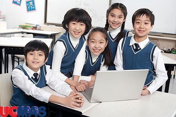 Mô hình kinh doanh giáo dục