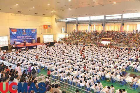 """Báo Vietnam.net - Hơn 700 học sinh """"đọ"""" trí tuệ qua bàn tính"""