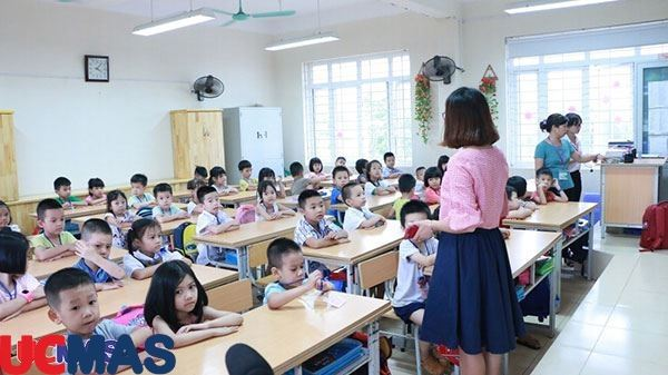 Kinh doanh giáo dục siêu lợi nhuận